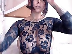 Prostituta hot video - piccolo titties
